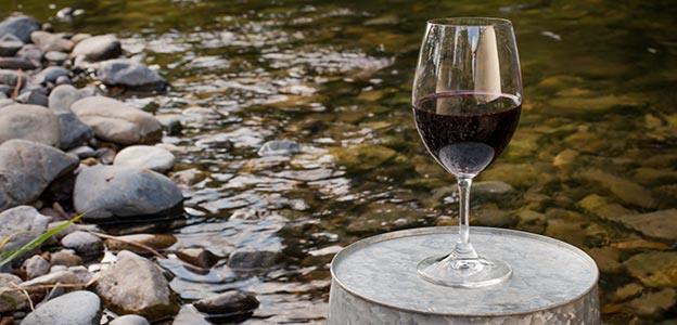 Wine on Rogue River Trips