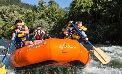 rafting trips rogue river
