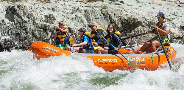 Family rafting trips on the Rogue River